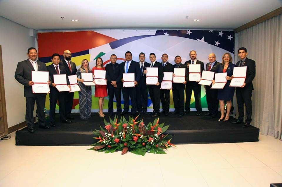 Cref8 - Conselho Regional de Educação Física empossa novos conselheiros